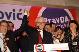 Josipović slavi pobjedu