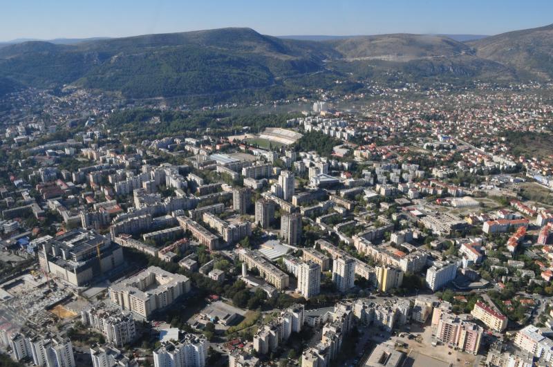 Mostar downtown - Mepas mall (2012) je po kubikaži najveća zgrada na prostoru Hercegovine, Bosne i Dalmacije