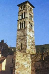 Jajce, zvonik crkve Sv.Luke, XIV-XV stoljece,rijedak primjer romanicke arhitekture u BH Jedini je originalni srednjovjekovni toranj u unutrasnjosti \