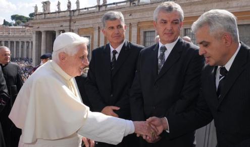 HDZ - Vatikan