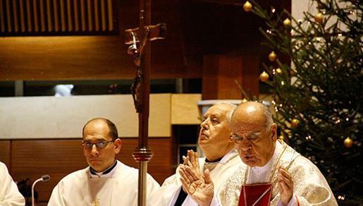 Poziv biskupa Perića na molitvu za mir