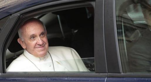 Papa Franjo: Prazne samostane treba dati izbjeglicama