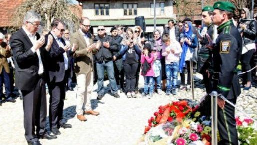 Mladen Kvesic - Muslimani I Hrvati